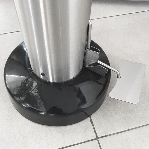 ART CENTER / Pedal del pedestal despachador de gel sanitizante